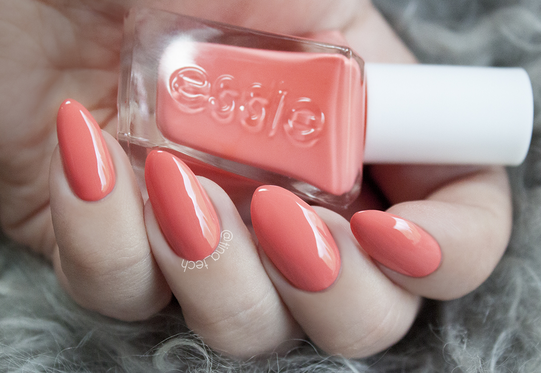 ESSIE Couture - On The List