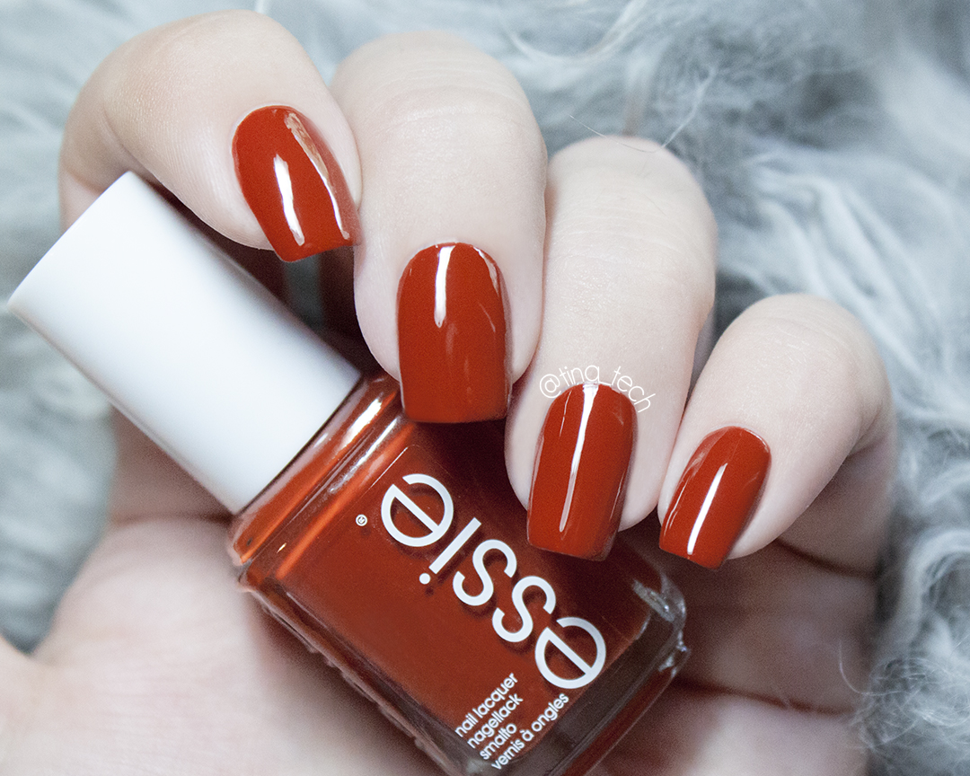 ESSIE - Playing Koi